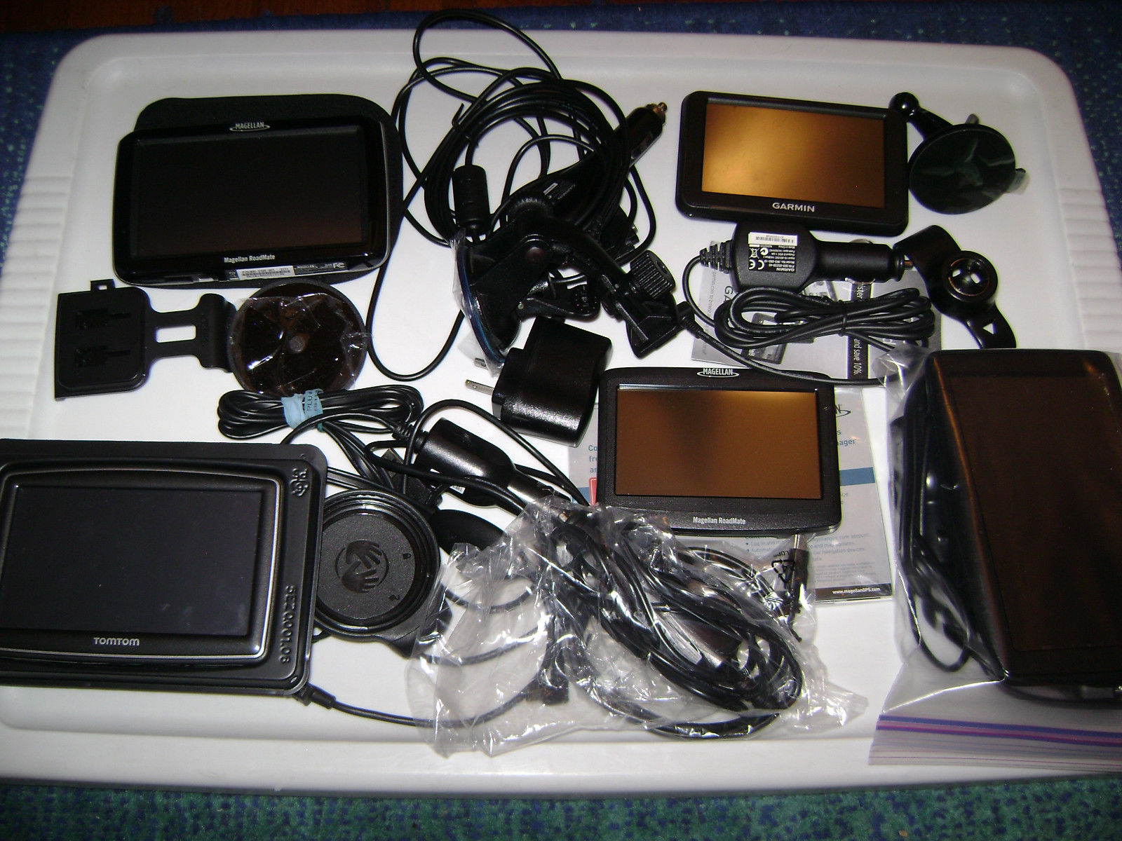 lot-of-gps